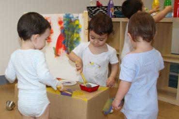 Escuela infantil en Pamplona - Taller de pintura